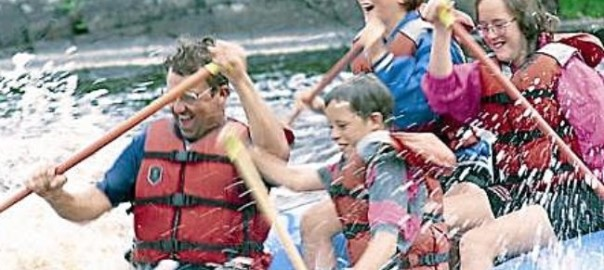 family_adventure_raft